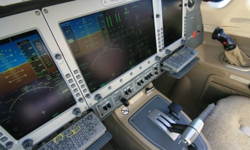 AEROCOR - Aircraft Operational Test and Evaluation - Eclipse 500 Avionics